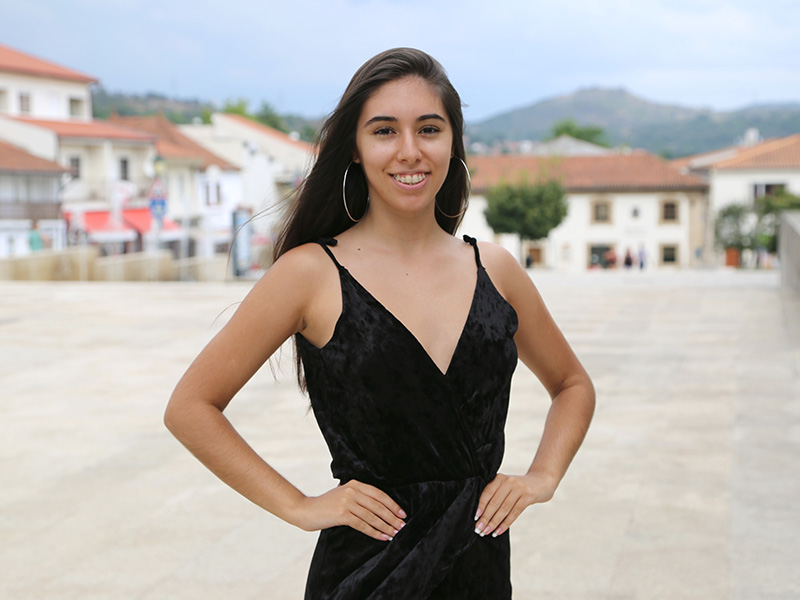Mara Alturas é finalista do concurso Miss Queen Portugal